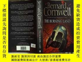 二手書博民逛書店Bernard罕見Cornwell THE BURNING LA