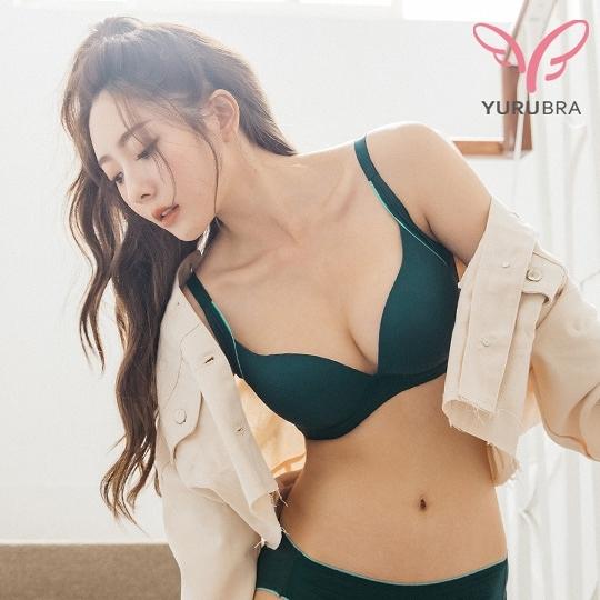 【Yurubra】漫步蘇格蘭內衣。A.B.C罩 小胸 無痕 透氣 運動風 包副乳 素面 台灣製 ※0635英國綠