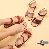 中年女士媽媽涼鞋真皮平底牛筋軟底中老年人女鞋夏季