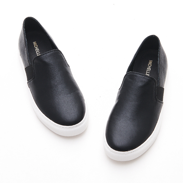 MICHELLE PARK 流行步調 俐落現代感舒適素色休閒懶人鞋-黑