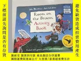 二手書博民逛書店Room罕見on the Broom Activity book:掃帚活動簿上的房間Y212829