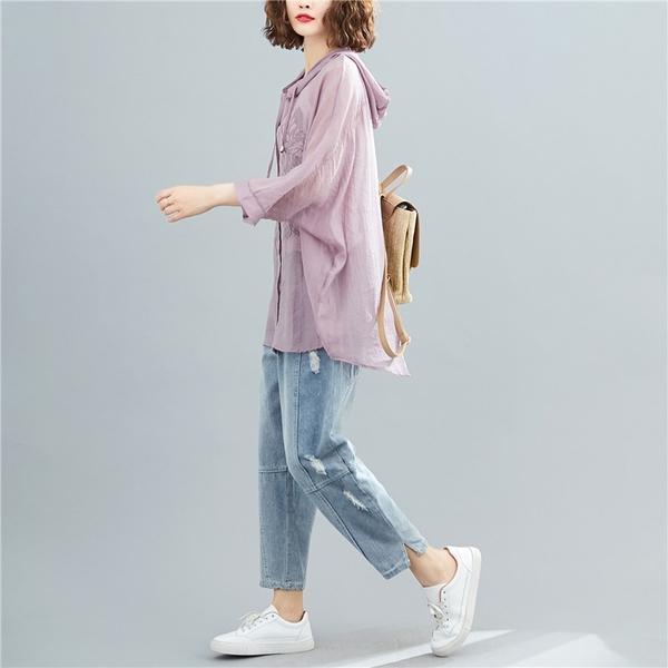 【YOUNGBABY中大碼】防晒防紫外線精美繡花連帽薄外套.淺紫