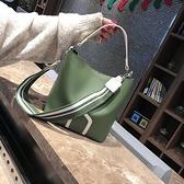 包包女新款女包水桶包潮韓版簡約百搭斜挎包手提包單肩包大包