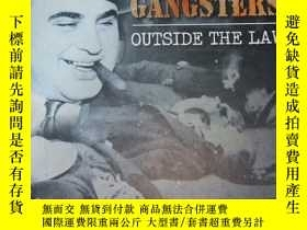 二手書博民逛書店True罕見Crimes GANGSTERS OUTSIDE T