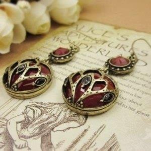 ♥巨安網購♥【GE0215】 歐美風 復古雙面雕花 紅寶石耳環