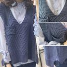 (全館一件免運)DE SHOP~(HL-1872)經典單口袋側邊開衩V領馬甲不規則無袖羅紋針織毛衣背心