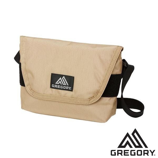 【美國 GREGORY】TEENY郵差包4L『砂色』110148 登山 露營 戶外 小包 收納袋 手機袋