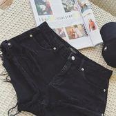 全館免運熱褲-黑色包臀性感低腰寬鬆超短褲破洞牛仔熱褲女夏