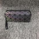 化妝包小號便攜式簡約純色手拿包隨身化妝品收納包菱格變色化妝袋 幸福第一站