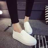 帆布鞋 小白鞋 新款百搭韓版休閒帆布鞋女學生平底鬆糕板鞋CYCR96 町目家