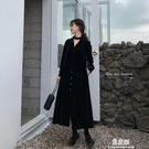 洋裝法式復古小黑裙秋裝年新款寬鬆V領中長款開叉金絲絨洋裝女 易家樂