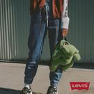 Levis 女款 501 Joggers 運動丹寧排釦縮口褲 / 經典直筒版型 / 運動風抽繩 / 淺藍水洗