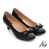 A.S.O 舒活寬楦 全真皮蝴蝶結飾扣奈米窩心低跟鞋 黑