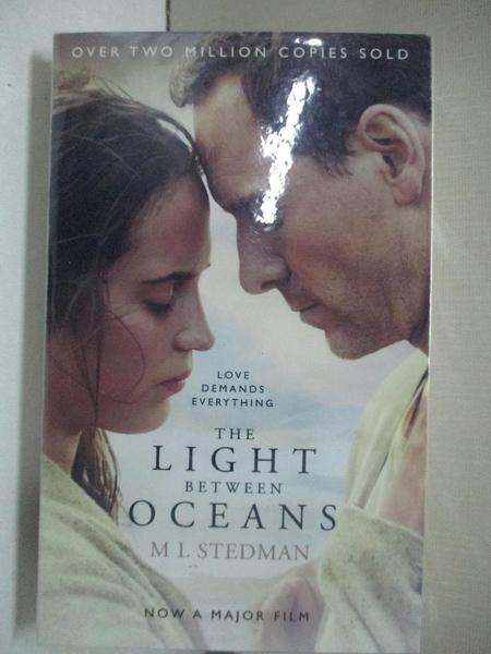 【書寶二手書T5/原文小說_GLR】The Light Between Oceans. Film Tie-In_M L Stedman