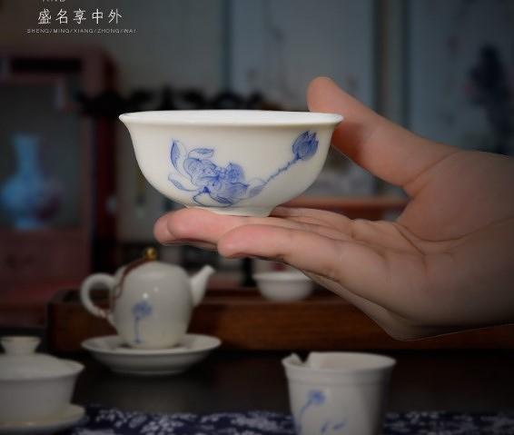 (協貿國際)茗匠手繪定窯象牙白瓷茶具主人功夫茶杯日式陶瓷個人辦公室品茗杯 1入