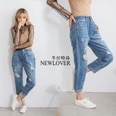 中大尺碼-反折男友褲NEWLOVER牛仔時尚【161-6088】刷破牛仔後鬆緊七分反折男友褲S-2L