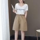 簡約時尚百搭高腰短褲配腰帶中大尺碼【88-17-8110790-21】ibella 艾貝拉