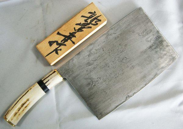 郭常喜與興達刀鋪-積層花紋鋼-手工鹿角文武刀(50748)可切可剁雞鴨