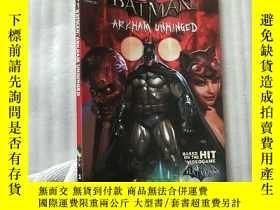 二手書博民逛書店Batman:罕見Arkham Unhinged Vol. 1