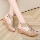 楔形鞋 2021新款夏季平底女時尚媽媽鞋坡跟女士百搭厚底中跟媽媽涼鞋 韓國時尚 618