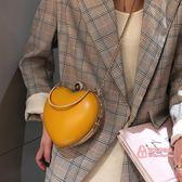 宴會包 小包包女2019夏新款韓版時尚百搭心形斜背包個性手拿包女包 5色