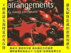 二手書博民逛書店Christmas罕見Arrangements by Danie