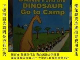 二手書博民逛書店Danny罕見and the Dinosaur Go to Ca