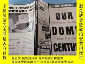 二手書博民逛書店【英文原版】Our罕見Dumb Century: The Oni
