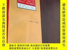 二手書博民逛書店what罕見they ll never tell you about the music business 他們永