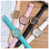 Catworld 小雛菊雕花錶面皮質手錶【18002956】‧F