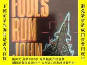 二手書博民逛書店傻瓜式跑罕見the fool s run(英文原版科幻小說) B