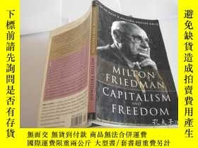 二手書博民逛書店CAPITALISM罕見AND FREEDOM MILTON FRIEDMANY205889 Milton F