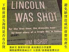 二手書博民逛書店the罕見day lincoln was shot for th