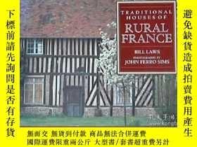 二手書博民逛書店Traditional罕見Houses of Rural Fra
