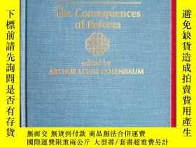 二手書博民逛書店State罕見and Society in ChinaY1547