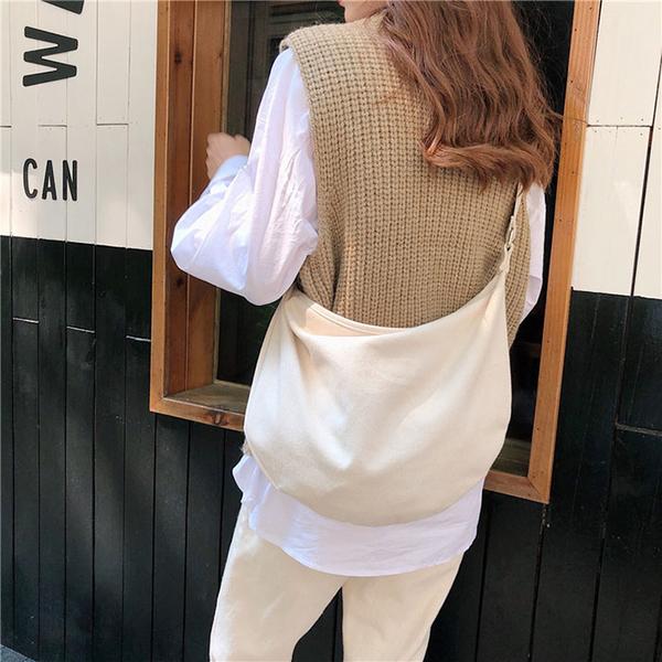 斜背包 清新 素色 水餃包 帆布包 單肩包 休閒 斜背包 單肩/斜跨【SP99306】 BOBI  11/07