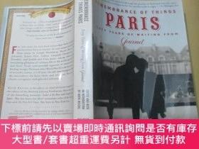 二手書博民逛書店Remembrance罕見Of Things Paris: Sixty Years Of Writing From