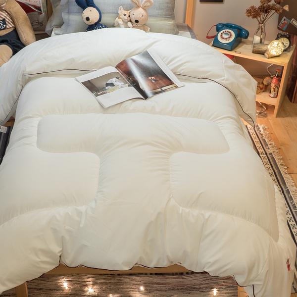 【LOGO被】空氣感雙人冬被 輕盈舒適 聚熱保暖 台灣製 重量約2.5kg 誤差10%內 (6X7尺)