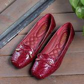 平底鞋女 休閒鞋 方頭金屬蝴蝶結平底淺口百搭碼媽媽鞋瓢鞋單鞋軟底韓版女鞋子《小師妹》sm3412