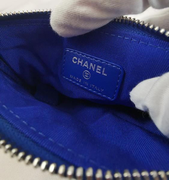 【雪曼國際精品】CHANEL 經典雙C LOGO 菱格紋羊皮銀釦拉鍊一 字零錢包(藍色)~(9.6成新)