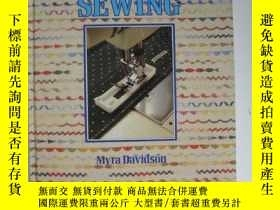 二手書博民逛書店THE罕見HAMLYN BASIC GUIDE TO MACHINE SEWING哈姆林縫紉機基本指南Y120
