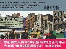 二手書博民逛書店【罕見】Unfamiliar Streets: The Photographs of Richard Avedon
