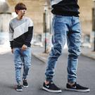 牛仔褲 韓國製中藍刷色抽鬚補丁縮口褲牛仔...