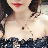 日韓簡約小紅人18K玫瑰金黑白陶瓷chic項鍊女鈦鋼鎖骨鍊吊墜百搭     麥吉良品