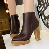 木紋粗跟高跟鞋子 圓頭性感短靴騎士靴《小師妹》sm619