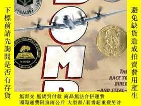 二手書博民逛書店紐伯瑞獎英語有聲罕見Bomb-The Race to Build