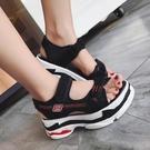涼鞋 chic涼鞋女夏新款新款正韓網紅ins厚底坡跟休閒運動百搭學生鬆糕