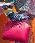 ■2018新品■專櫃65折 Givenchy 全新真品 BB0511 Antigona mini 桃粉色山羊皮兩用包