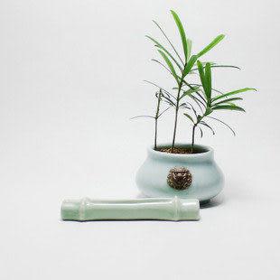 龍泉青瓷竹節香插