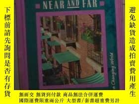 二手書博民逛書店英文原版罕見Communities Near and Far b